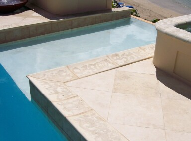 Travertine pool coping and wall caps